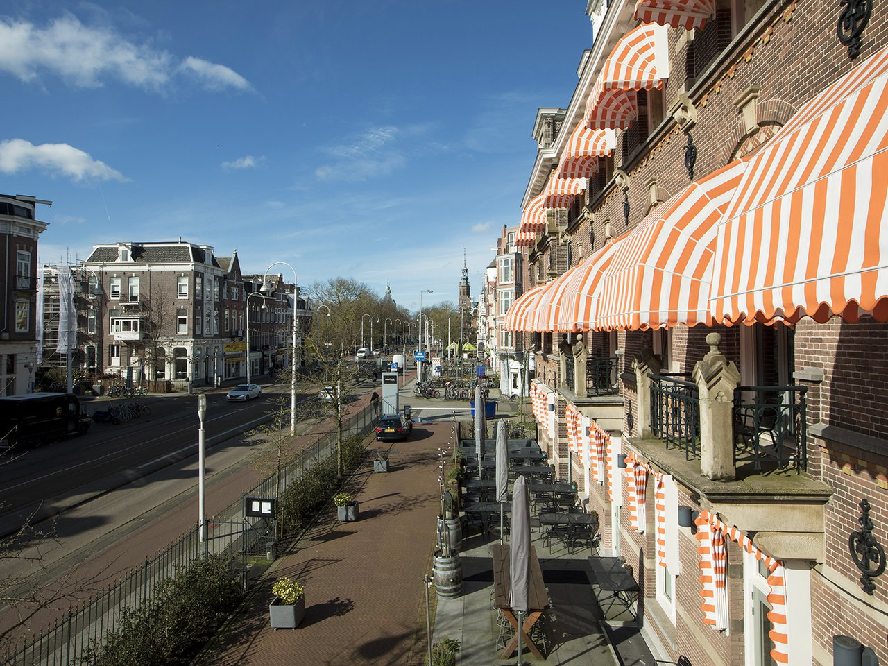 EH - THE MANOR HOTEL AMSTERDAM - VIEW - LINAEUSSTRAAT - 1_WEB.jpg