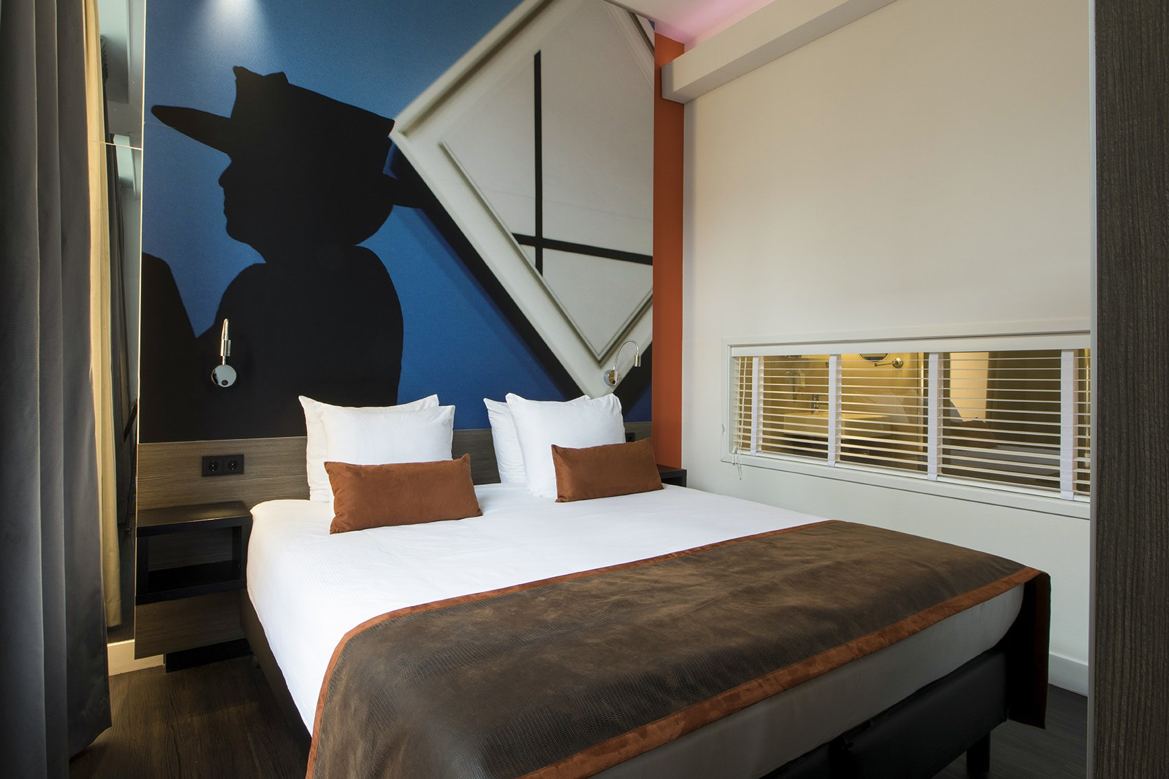 EH - THE MANOR HOTEL AMSTERDAM - JUNIOR SUITE - 2_WEB.jpg